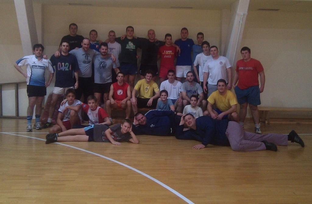ПРОБУДИЛИ СЕ ИЗ ЗИМСКОГ СНА: рагбисти Војводине на првом тренингу у 2013.