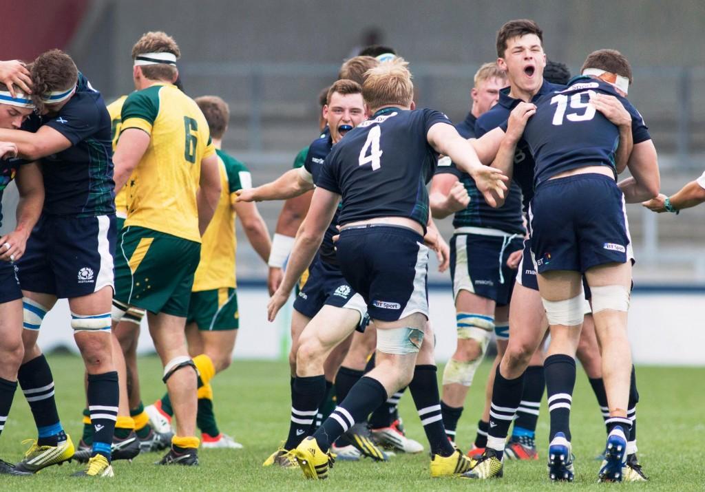 ОДУШЕВЉЕНИ: јуниори Шкотске славе победу против Аустралије