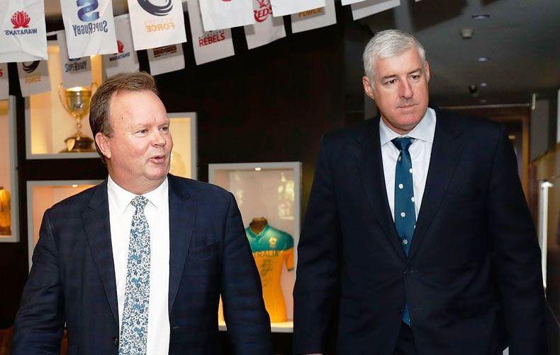 КАО БОНИ И КЛАЈД: први људи аустралиског рагбија Бил Пулвер и Камерон Клајд после састанка. ФОТО: ARU